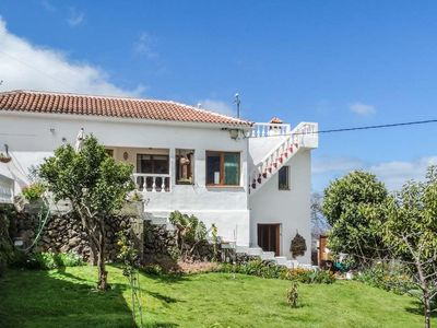 Photo for Country villa in La Orotava: holiday for all tastes, sea, valley and Teide views
