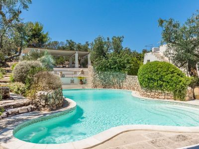 Photo for Tia Trullo Pool apartment in Racale with WiFi, private parking, shared terrace & shared garden.