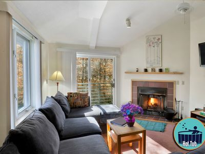 Photo for Beautiful condo with fireplace, on site spa & fitness center