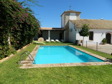Hacienda de la Palma, restored farm, swimming pool, air conditioning and barbecue