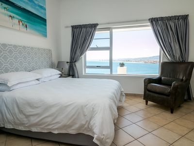 Photo for 1BR Apartment Vacation Rental in gordons bay