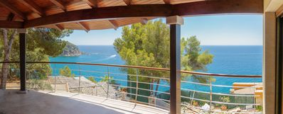 Photo for Magnificent Villa with sea views