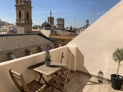 Photo for Beautiful penthouse with fantastic views over the old town