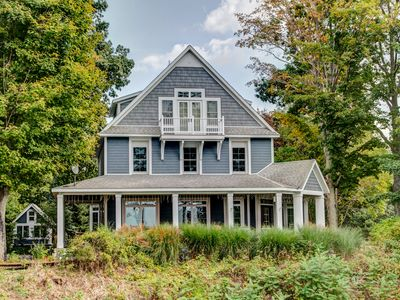 Elegant Family Home on  Lake Michigan - BOOKING NOW FOR 2020