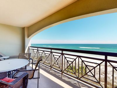 Photo for Gorgeous Gulf Front Condo! Pools Onsite, Nearby Activities, Shops, Restaurants!