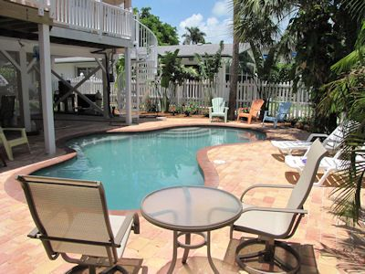 Photo for Tequila Sunset: Cute Home w/Private Heated Pool, Only 5 Houses to Gulf Beach!