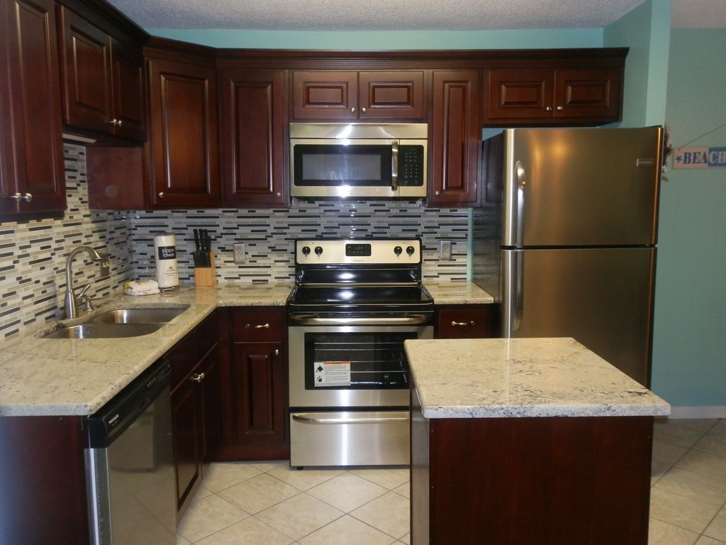 brown colored kitchen appliances renovated 2 bed 2 bath at the at gul vrbo 4935