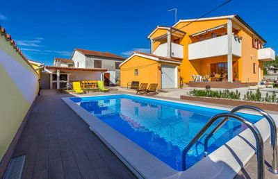 Photo for Villa with private pool, 6 bedrooms, 4 bathrooms, washing machine, air conditioning, wifi, terrace and barbecue area