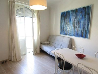 Photo for Apartment Saint-Jean-de-Luz, 2 bedrooms, 6 persons