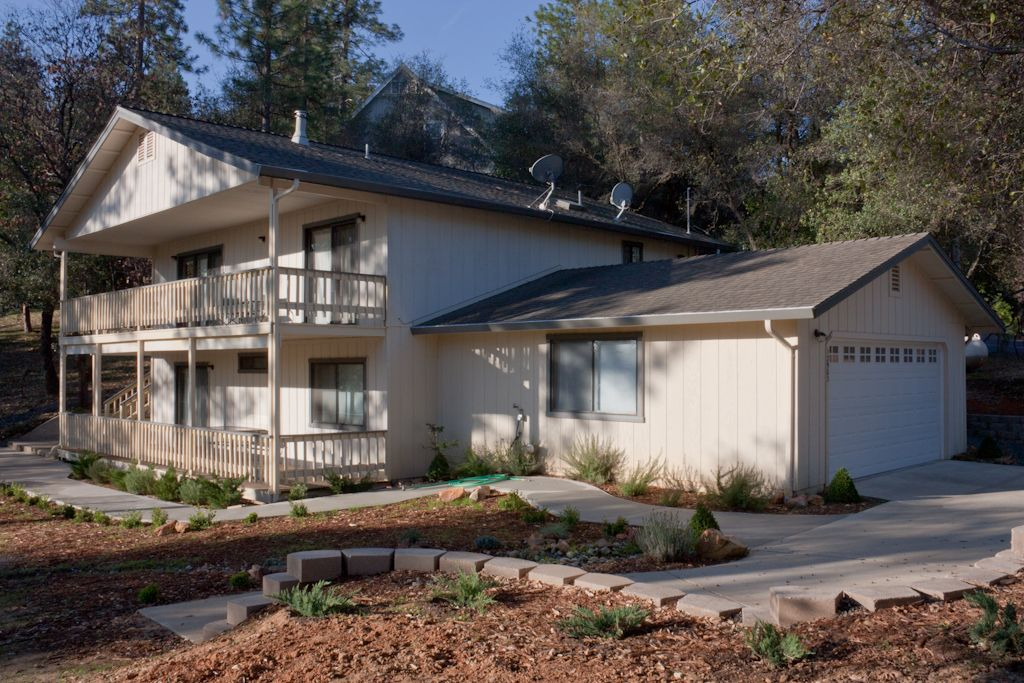 02 454 deer run at pine mountain lake vrbo for Groveland ca cabin rentals