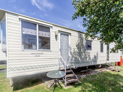 Photo for 6 berth caravan for hire at Martello Beach close to site amenities ref 29047R