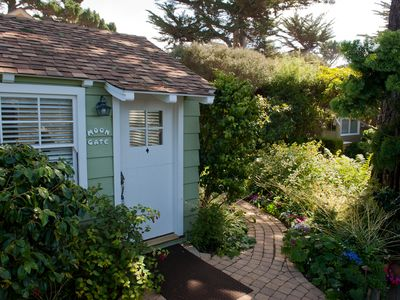 Photo for A block from the beach - Moon Gate Cottage