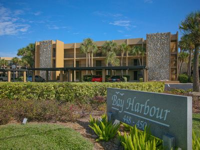 Photo for Longboat Key 15 in Longboat Key. Avoid snowflakes! Walk outside your ground floor condo.