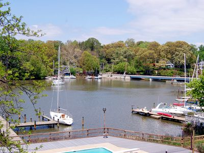 Photo for 2BR Condo Vacation Rental in Annapolis, Maryland
