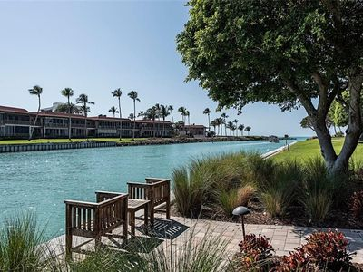 Photo for Beautiful Renovated 2 bedroom plus Den Gulf Front/Naples Bayfront Condo