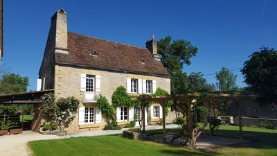 Photo for Le Vieux Logis, charming 4 * rural gîte in the heart of a hamlet in the Périgord Noir