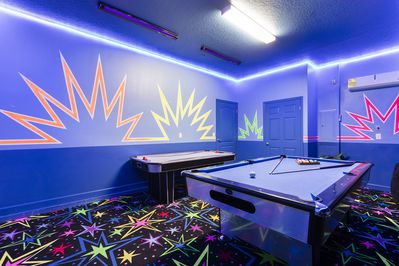Game Room - Air Conditioned, Billiards and Air Hockey