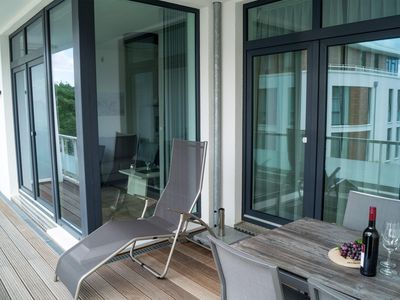 Photo for Apartment in exclusive location with sea views for 2 people