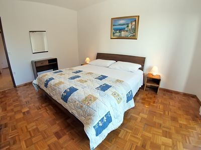 Photo for Holiday apartment Pjescana Uvala for 6 persons with 3 bedrooms - Holiday apartment