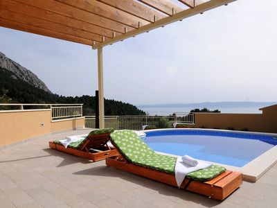 Photo for ctma139/ Holiday house with private pool, and terace with panoramic view of the sea and the islands in Makarska