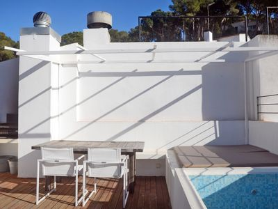Photo for 4 bedroom Apartment, sleeps 8 in Tamariu with Air Con