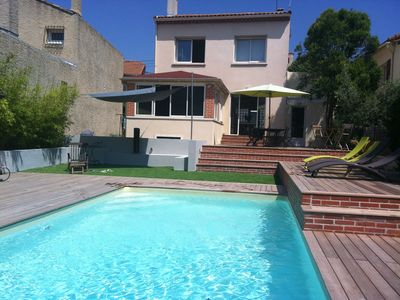 Photo for Villa with pool on the heights of Marseille