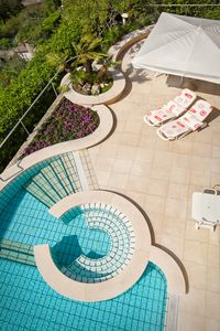 Photo for Villa Terrace - Splendid swimming pool with lake view
