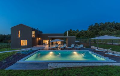 Photo for ctis306 - Newly built villa in Istria with pool 8+2 people
