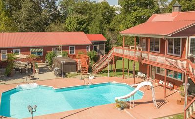 Large Ranch with Main House, Pool Cabana, Pool- Sleeps 12