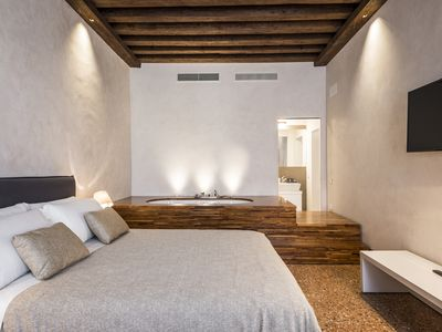 Photo for MyPlace Campo S. Margherita - Hydrorelaxing Apartment