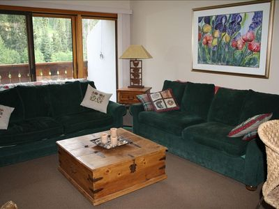 Photo for Cozy 2 BR/2A Condo at 'The Peaks'  - Close to Village and Lifts