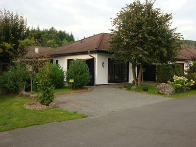 Photo for Luxes holiday house, 100 meters from the forest, swimming pool in the park, 4 km from Edersee