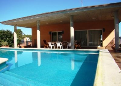 Photo for Club Villamar - Spacious modern villa with sea views, wifi, airco just a 300m away from the beach