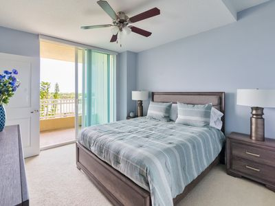 Photo for Cozy 1 Bedroom Apartment close to the Beach