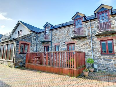 Photo for A well located rural retreat a short distance from the coast and a range of beaches, The Carthouse p