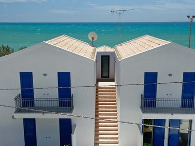 Photo for Flat with Sea View, WiFi, Airco, 5 People