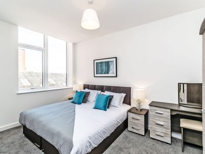 Photo for City Suites - 1 bed -  a chester that sleeps 4 guests  in 1 bedroom