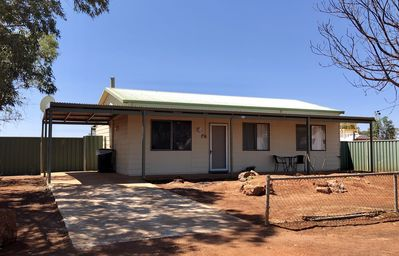 Photo for The Breakaway Sandstone- Short & Long term holiday accommodation. Pets Welcome!