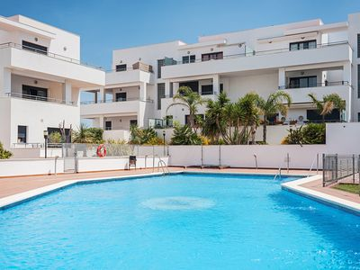 Photo for Holiday apartment with balcony and pool - Apartamento Cañada Honda Conil