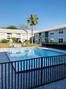 Photo for Apartment in USF, Busch Gardens, Adventure Island and Moffit Cancer Center Area.