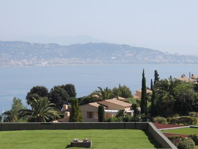 Photo for T2 apartment with terrace and sea view on the bay of Cannes and the Esterel