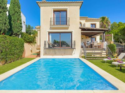 Photo for An exceptional villa conveniently located within a 5minute walk down to the beautiful beaches and Marina of Estepona.