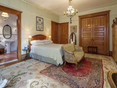 Photo for Large Luxurious bedroom Suite 10 minutes from Times Sq and Central Park