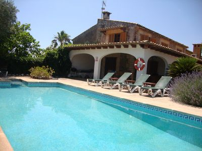 Photo for Stunning large villa with pool, walkable to Pollenca