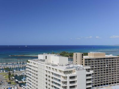 Photo for MONTHLY Discovery Bay 2611 2 Bedroom Ocean / Sunset / Marina  2 Queen Beds