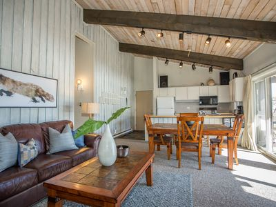 Photo for Centrally Located Two Bedroom Retreat with Additional Sleeping Loft