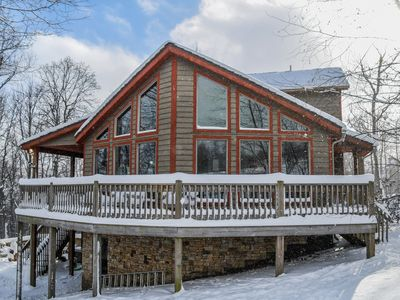 One Ski Hill: 5 Bedroom Ski In/ Ski Out home with all the amenities!