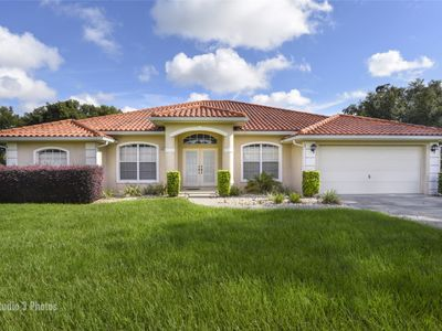 Photo for Upscale and spacious 4 bedroom vacation villa with pool close to Inverness FL