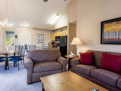Photo for Quail Run - 2 Bedroom/2 Bath condo ~ Hot Tub @ Complex - Discount Lift Tix