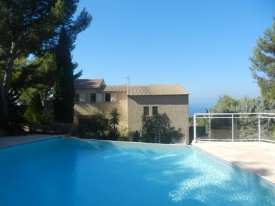 Photo for Provencal villa fully renovated, infinity pool and superb sea view